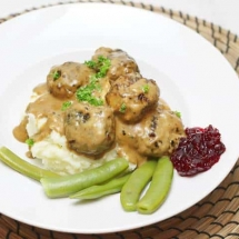Easy Swedish Meatball Recipe
