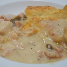Creamy Chicken and Ham Pie