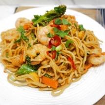 Chilli Garlic Noodles - Using a Blue Dragon Stir Fry Sauce!