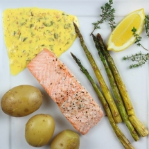Salmon with Béarnaise Sauce