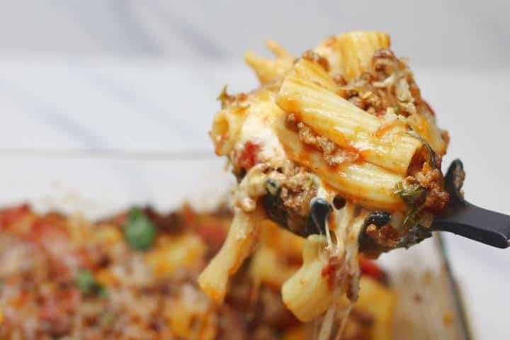 cheesy bolognese pasta bake