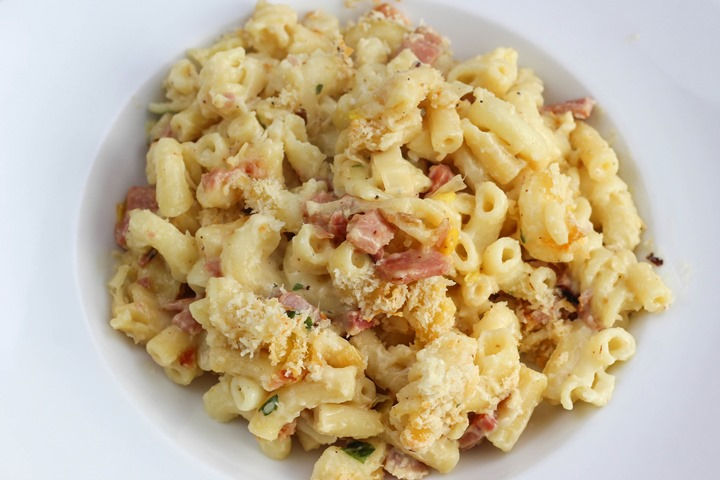 leek and ham pasta bake