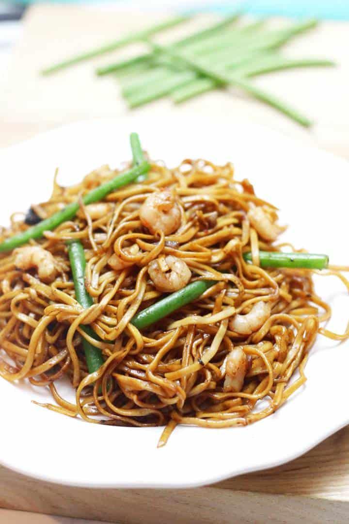 Spicy prawn noodles