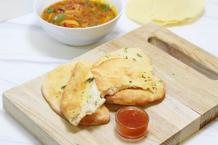 Indian Naan bread recipe by hand