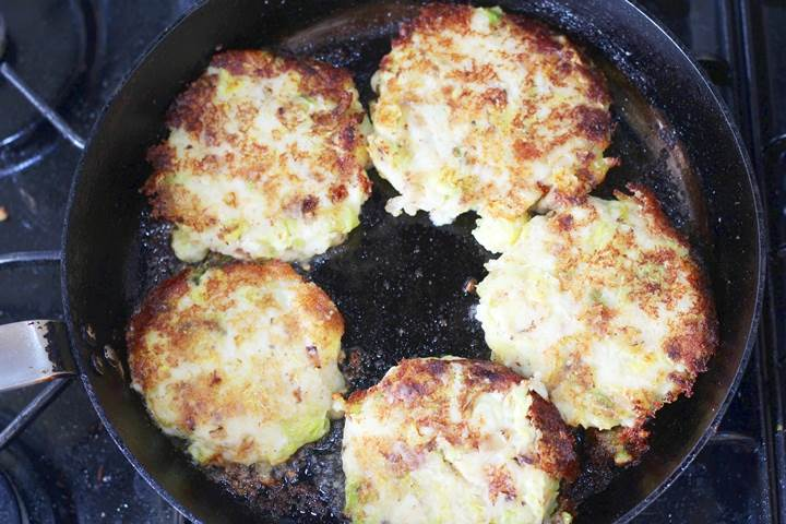 bubble and squeak cakes in the pan