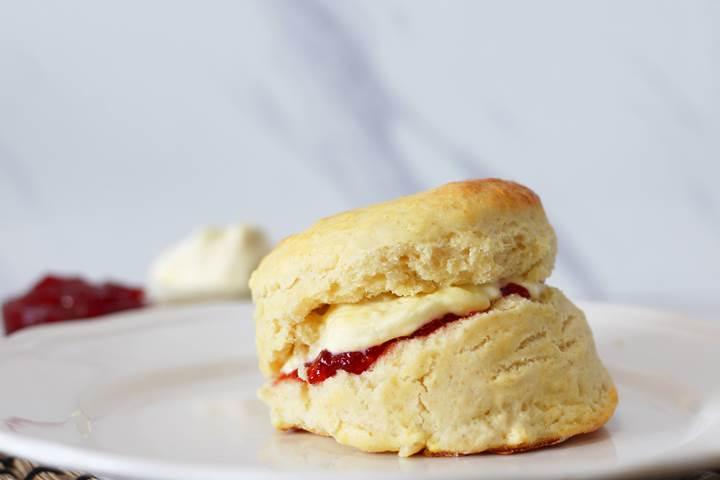 English Scones and Clotted Cream
