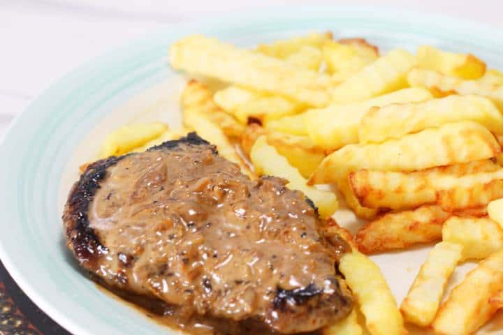 steak in black pepper sauce