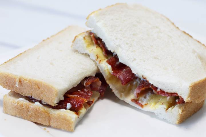 british bacon sandwich