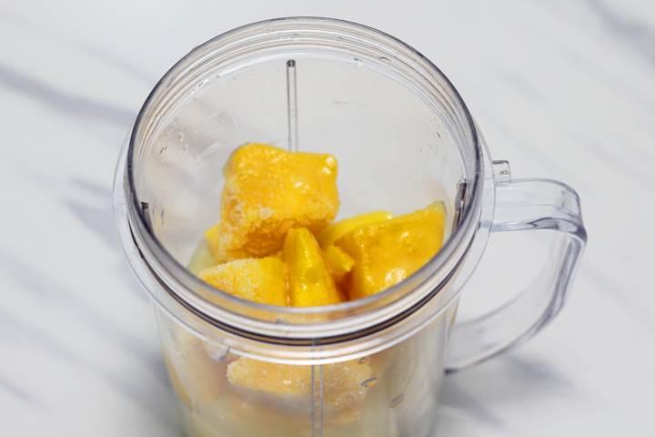 mango pineapple smoothie recipe