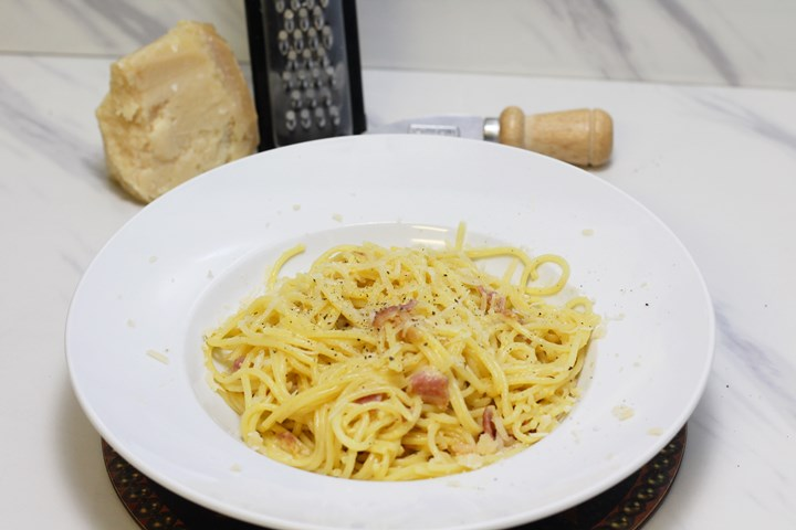 creamy bacon carbonara recipe