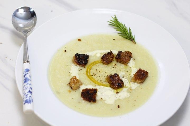 cauliflower soup creamy