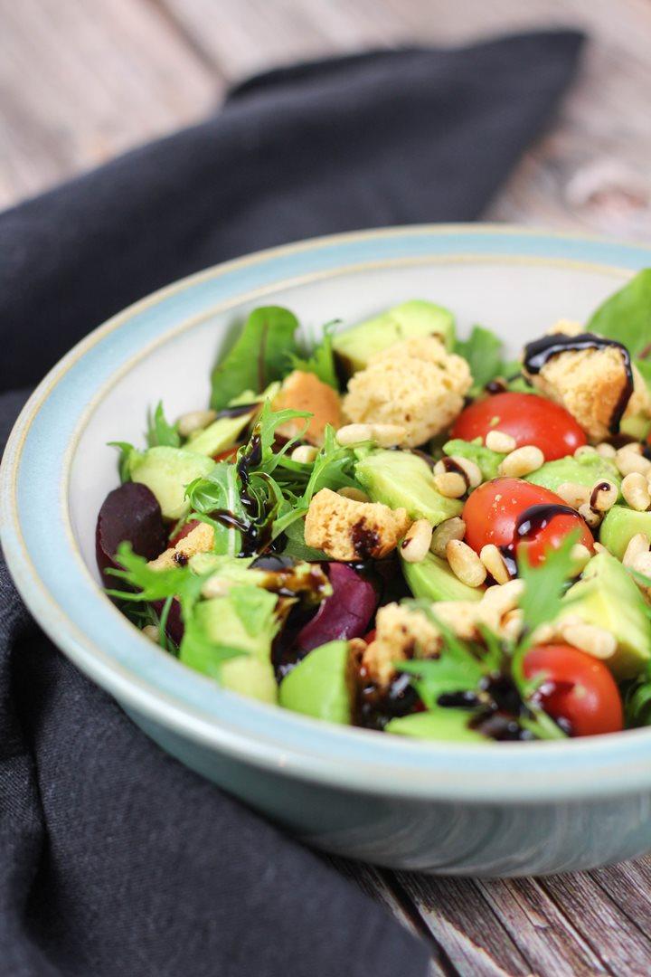 baby leaves salad