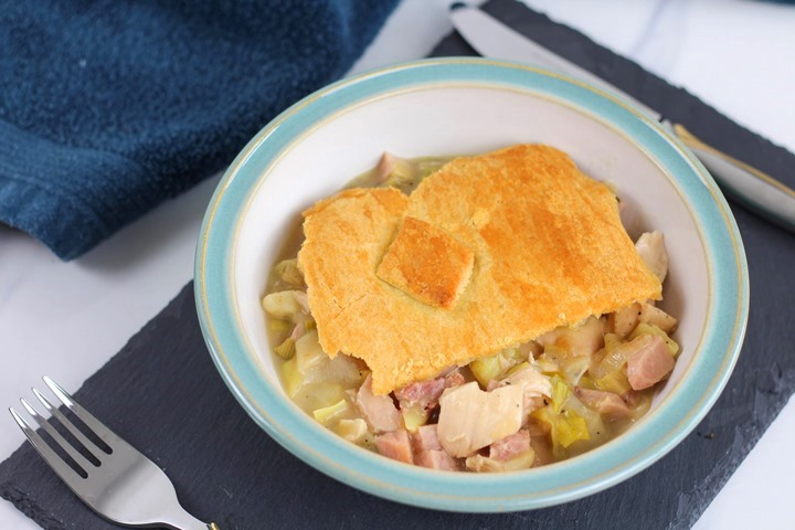 chicken and ham and leek pie