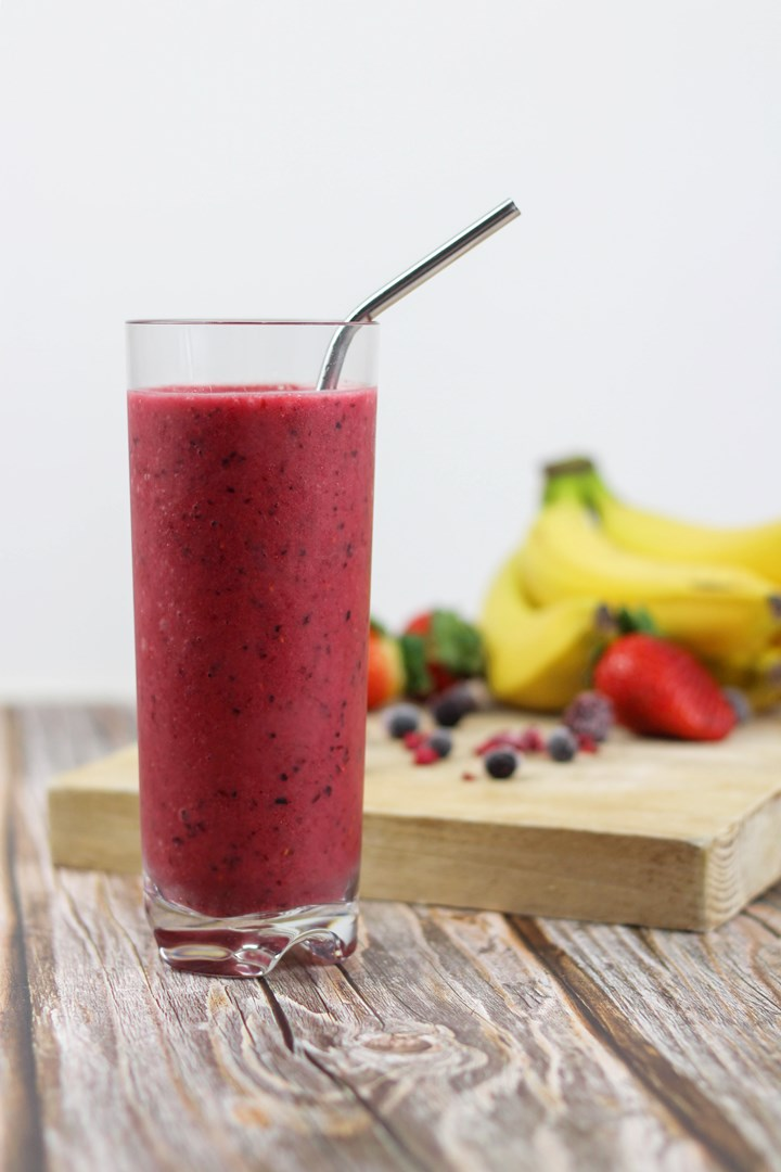 summer fruits banana strawberry mango smoothie