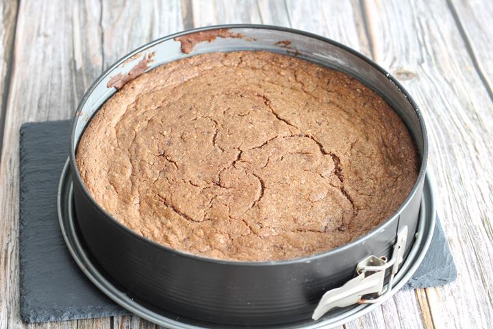 round baking tin