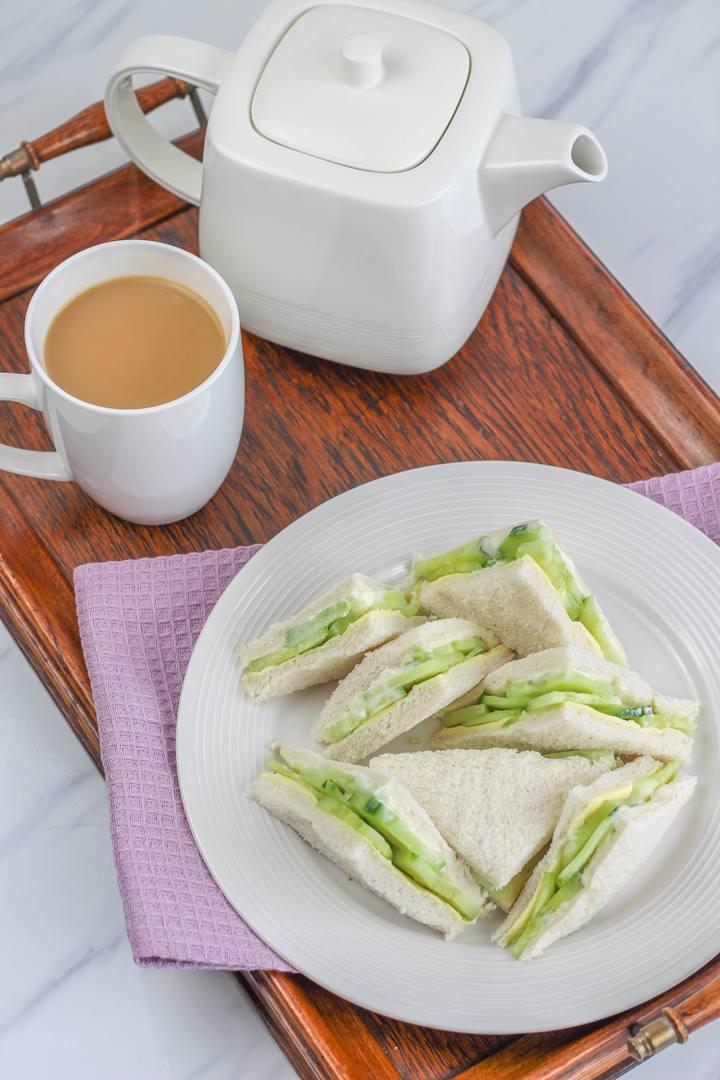 english tea tray