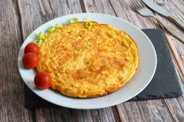 cheese and onion omelette