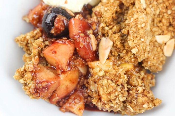 cherry cobbler crisp