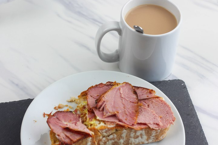 ham on toast breakfast