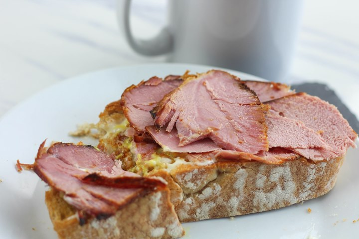 ham on toast