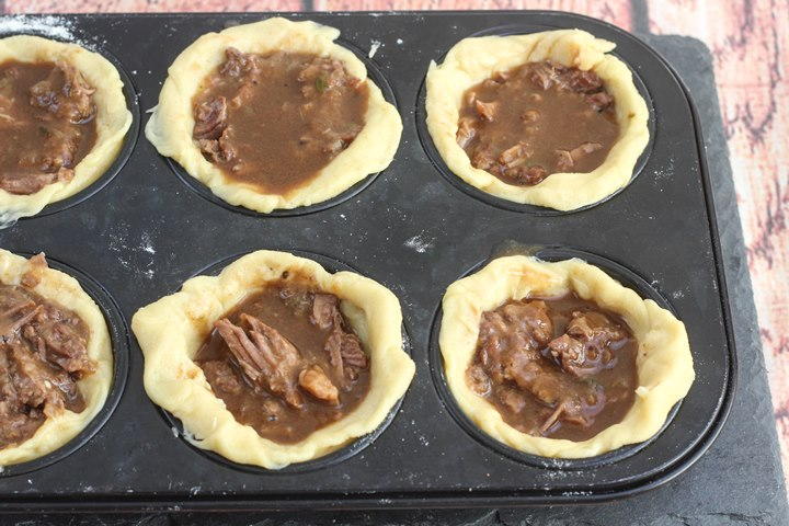 Mini Steak and Guinness Pies - soft tender steak - comfort ...