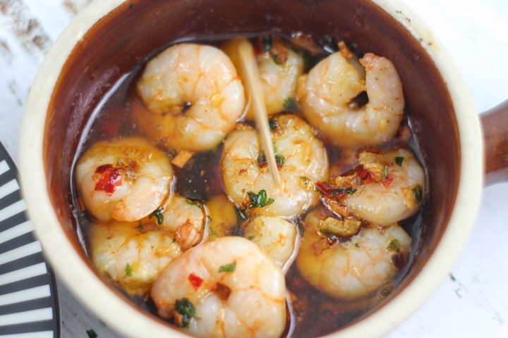 spanish garlic prawns