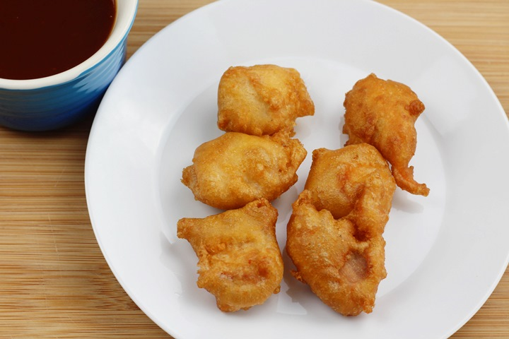 chicken balls with dip sauce