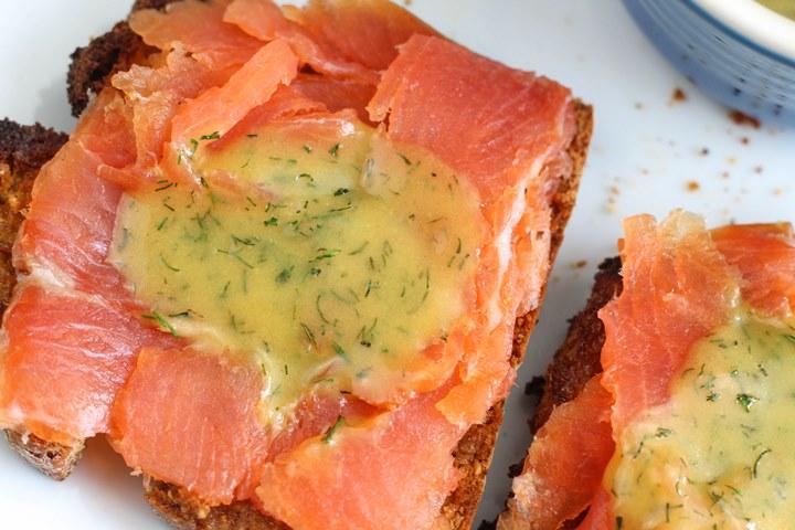 salmon dill dressing