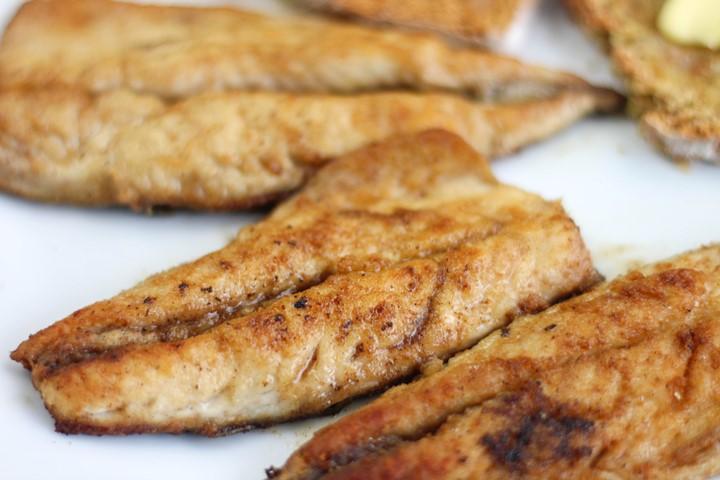 freshly fried mackerel fillets
