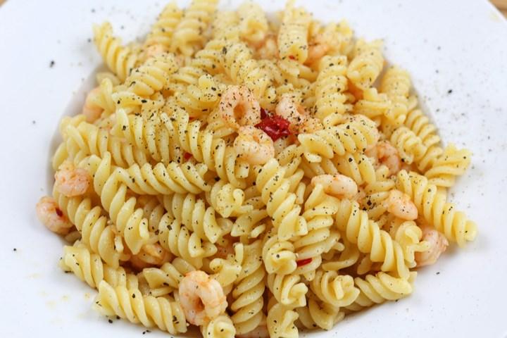 garlic sauce pasta