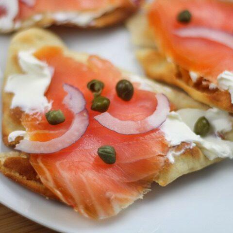 salmon flat bread
