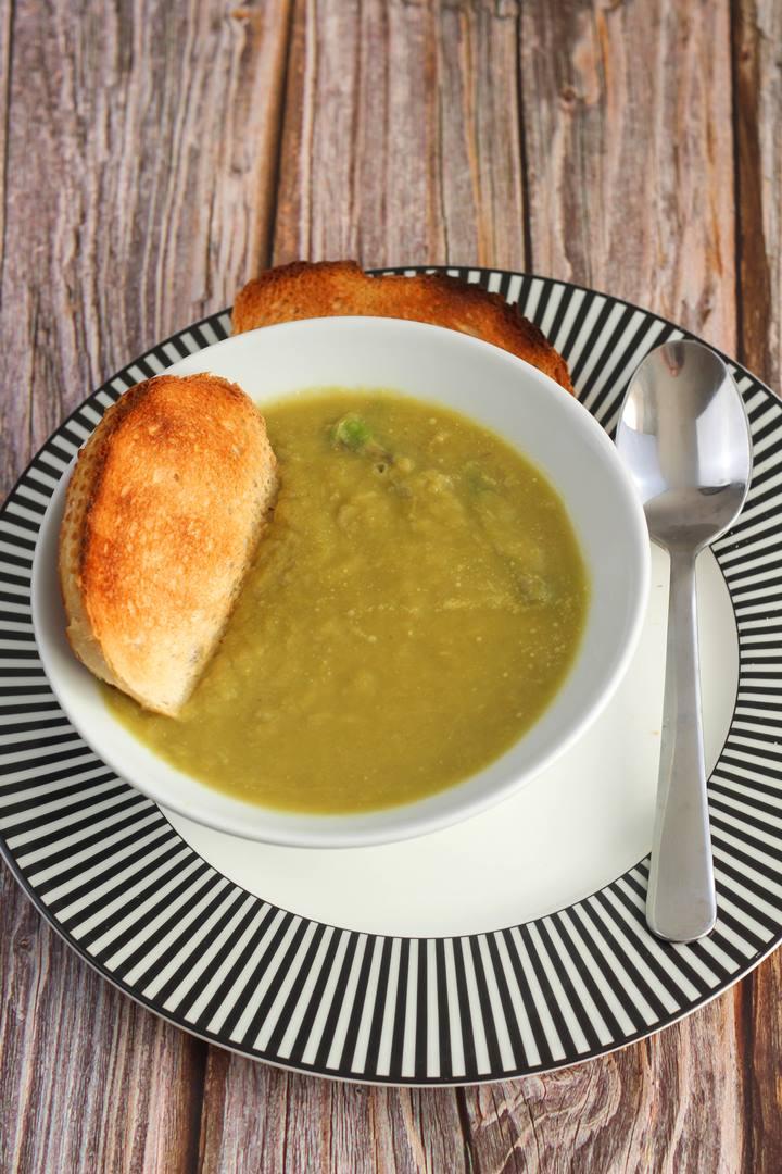healthy asparagus soup