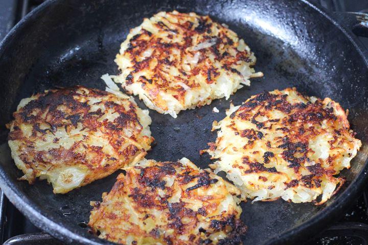 rostis in the pan