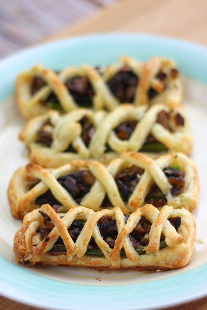 mushroom asparagus pastries