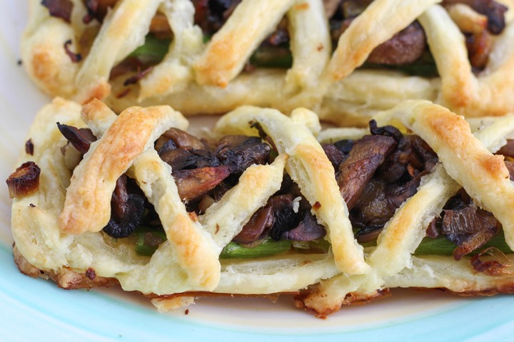 vegetarian mushroom asparagus pie