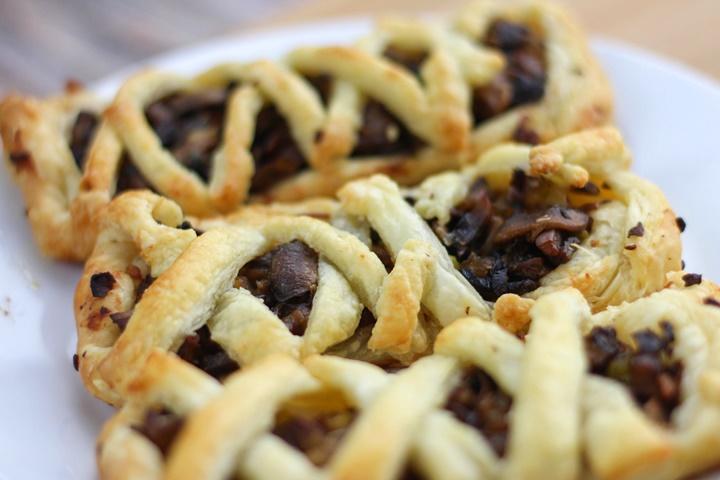 mushroom pie puff pastry