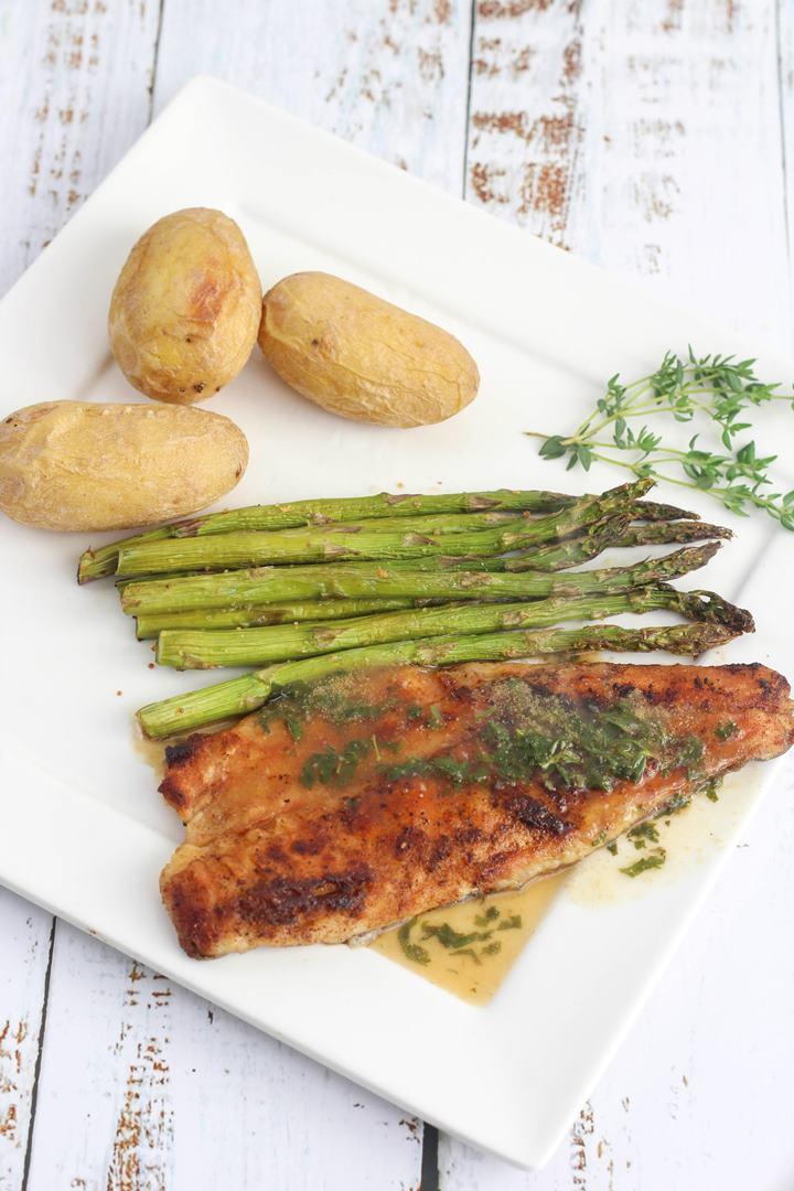 sea bass and asparagus