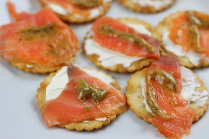 crackers with salmon