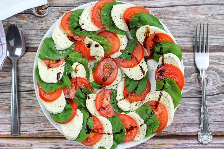 spinach and tomato salad