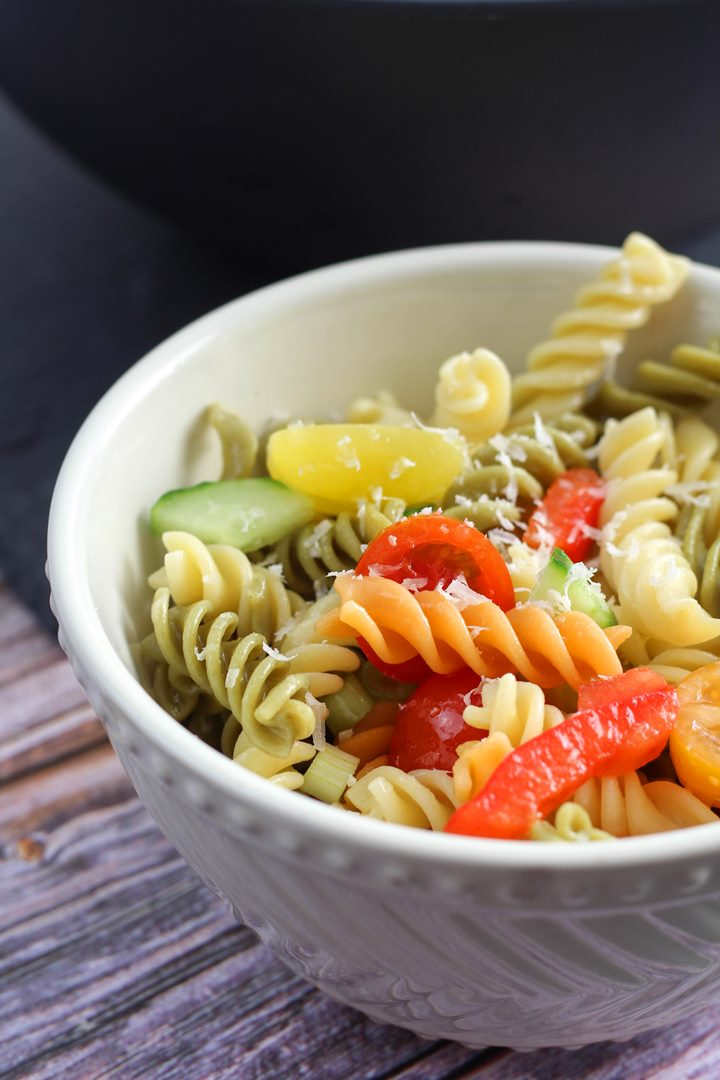 cucumber and tomato salad with italian dressing