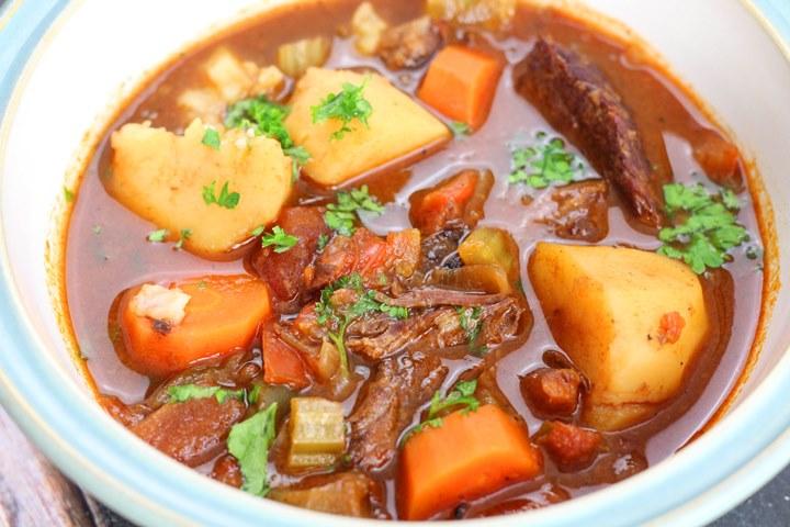 hungarian goulash instant pot