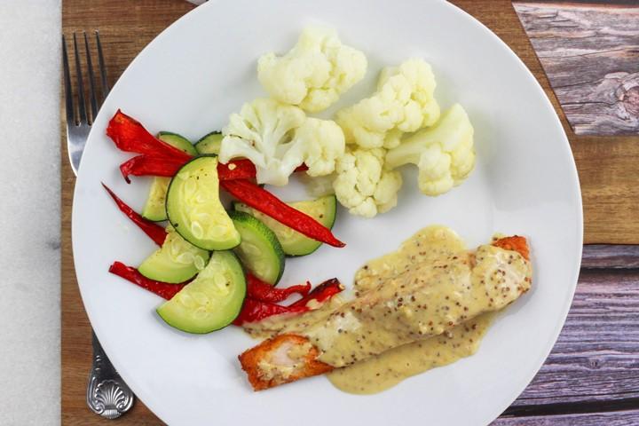 creamy garlic sauce for salmon
