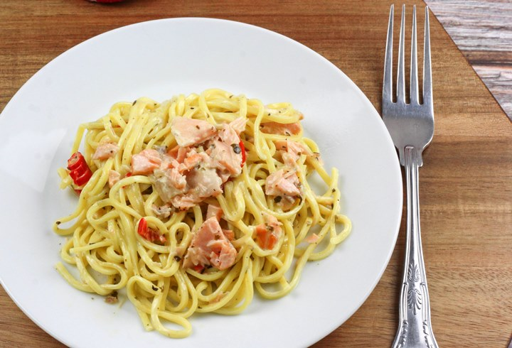 salmon pasta sauce